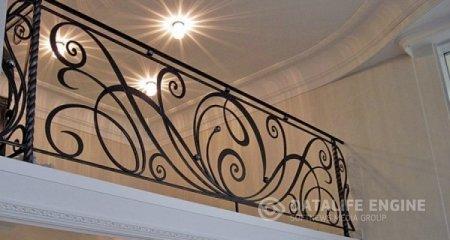 Как выбрать перила для лестницы